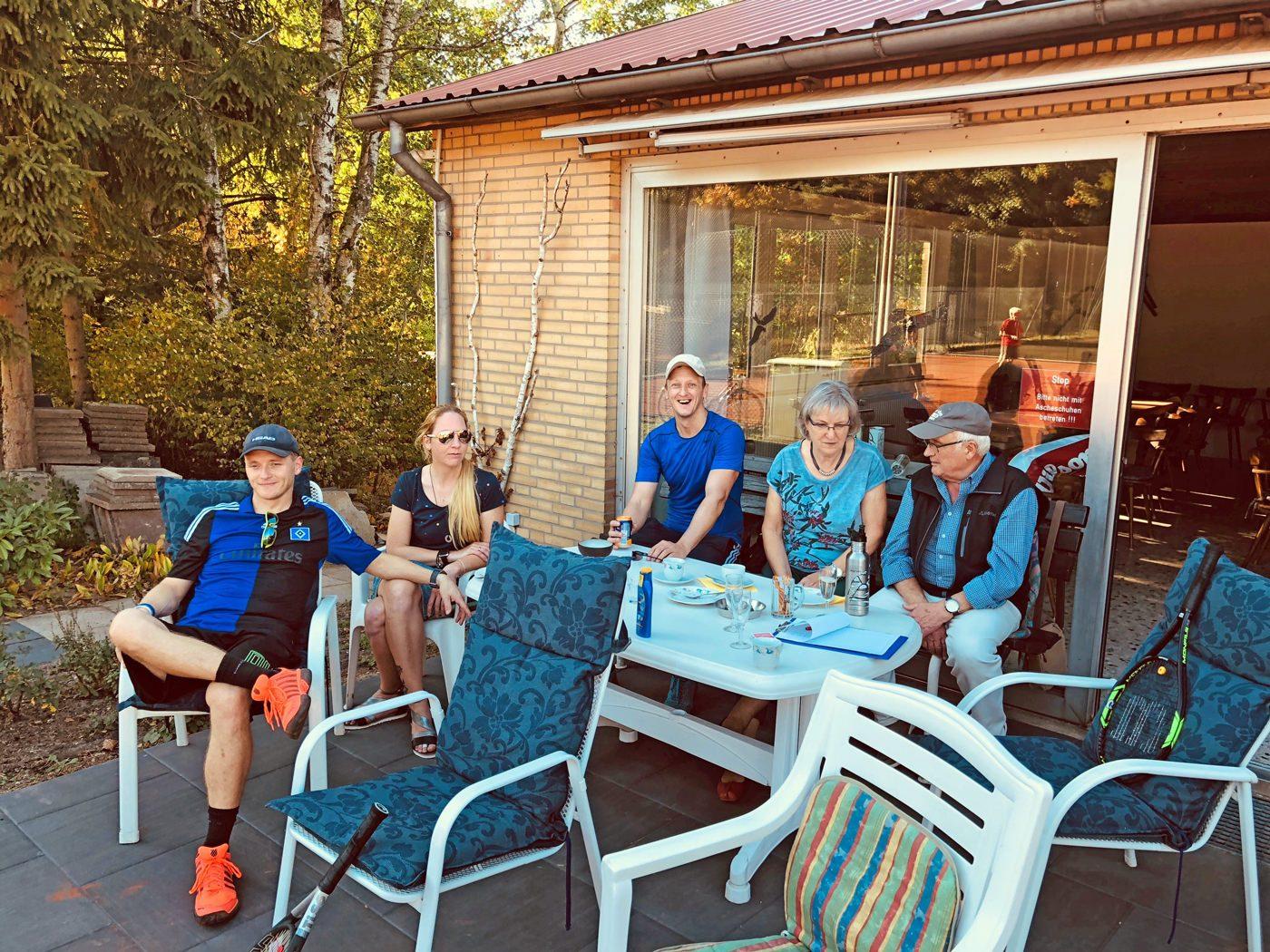 Geselliges im Tennis Club Alt Garge