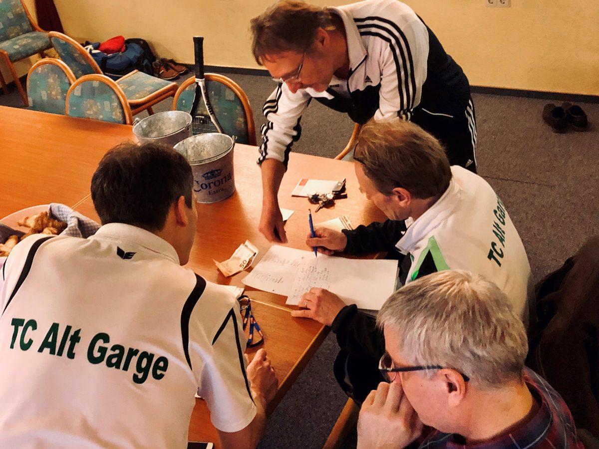 Mannschaft Herren 30 im Tennis Club Alt Garge
