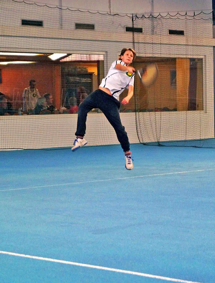 Tennis spielen im Tennis Club Alt Garge