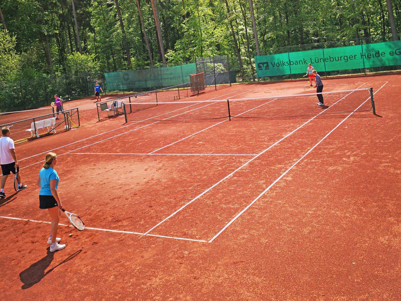 Sandplätze im Tennis Club Alt Garge